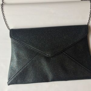 Lily & Ivy Sparkle Clutch/Crossbody Bag Like New